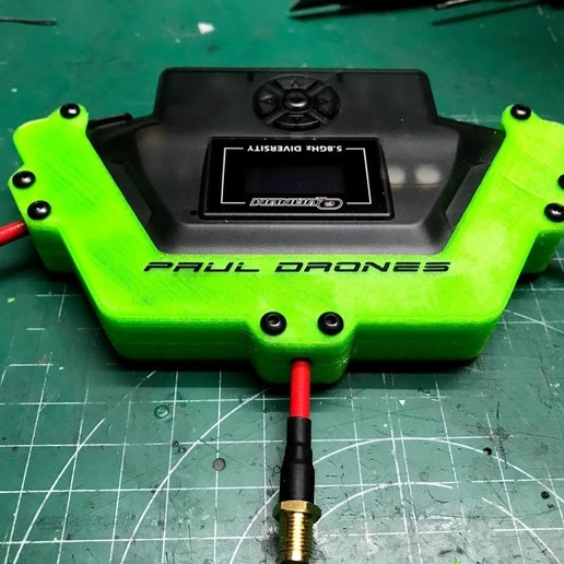 "tapas_puestas_frontal.jpg Download free OBJ file Quanum ""Triversity"" Refuerzo para antenas • 3D printer object, PaulDrones"