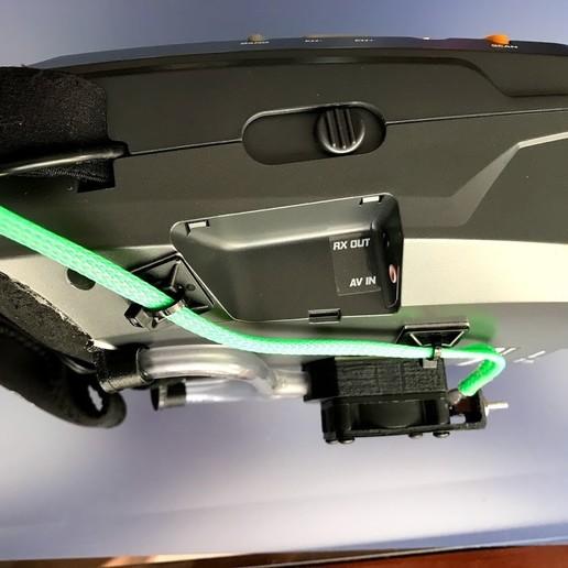 """IMG_5857.jpg Télécharger fichier OBJ gratuit Ventilateur pour casque antibuée """"Ventilador Antivaho"""". • Modèle à imprimer en 3D, PaulDrones"""