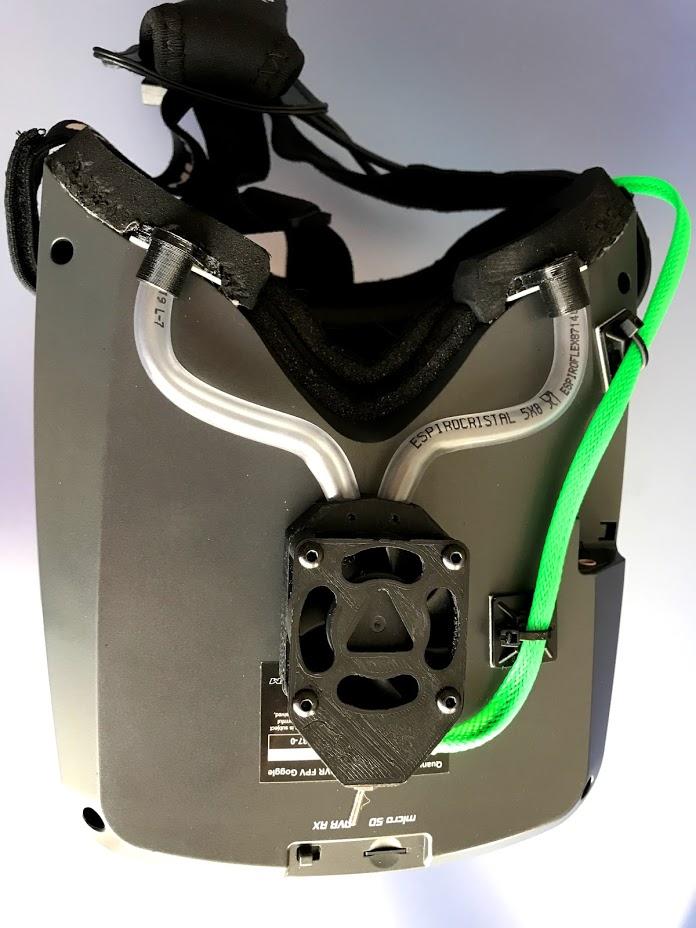 """IMG_5859.jpg Télécharger fichier OBJ gratuit Ventilateur pour casque antibuée """"Ventilador Antivaho"""". • Modèle à imprimer en 3D, PaulDrones"""