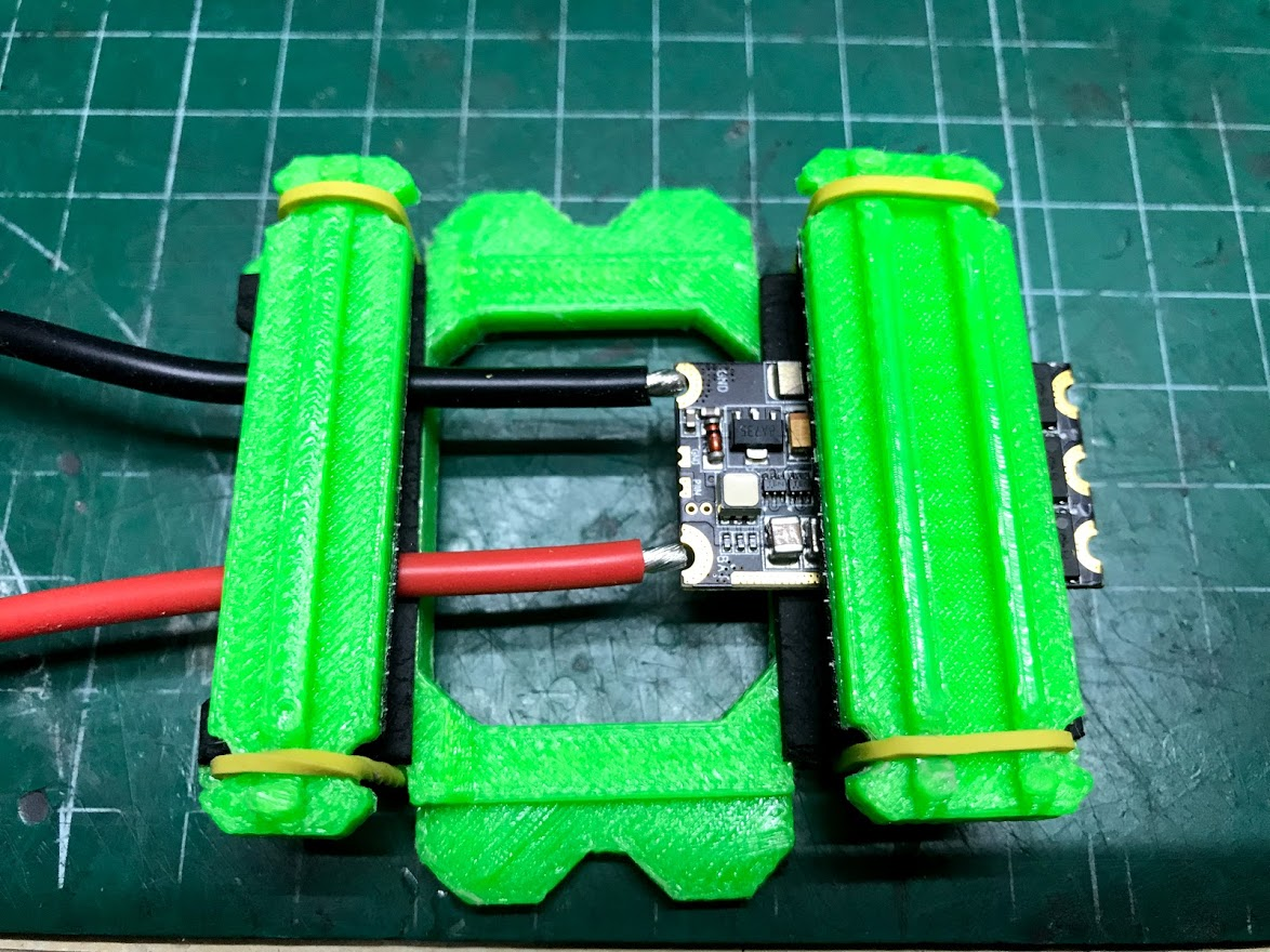 IMG_6384.jpg Télécharger fichier OBJ gratuit Classe X, Utilaje para soldar cables al ESC • Plan pour impression 3D, PaulDrones