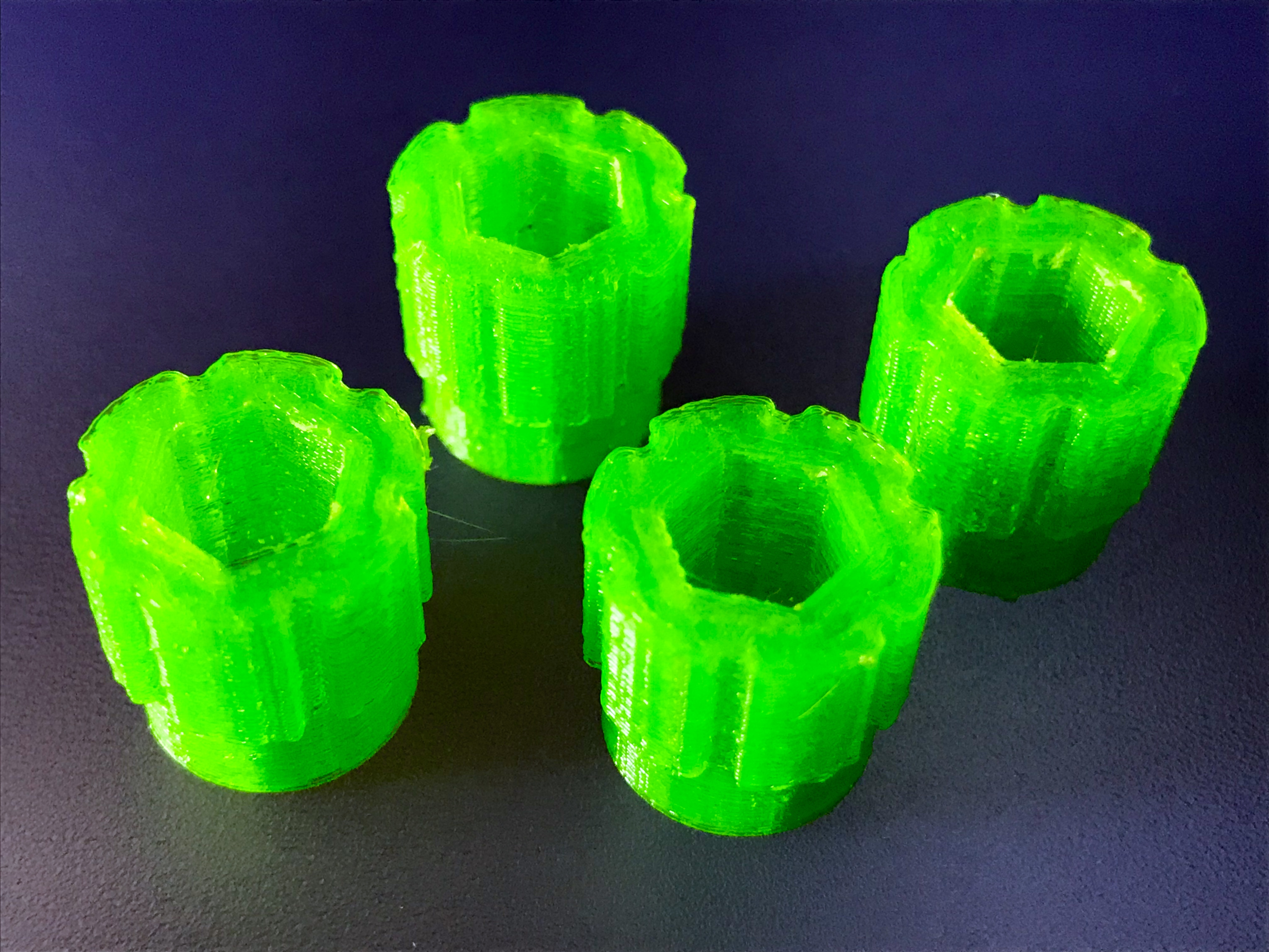 IMG_4732-FullSizeRender.JPG Download free OBJ file Soporte para gafas para el Quanum Cyclops (Y similares) y otros accesorios • 3D printer model, PaulDrones