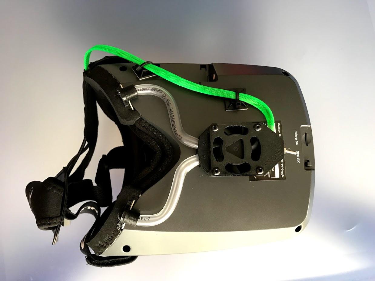 """IMG_5858.jpg Télécharger fichier OBJ gratuit Ventilateur pour casque antibuée """"Ventilador Antivaho"""". • Modèle à imprimer en 3D, PaulDrones"""