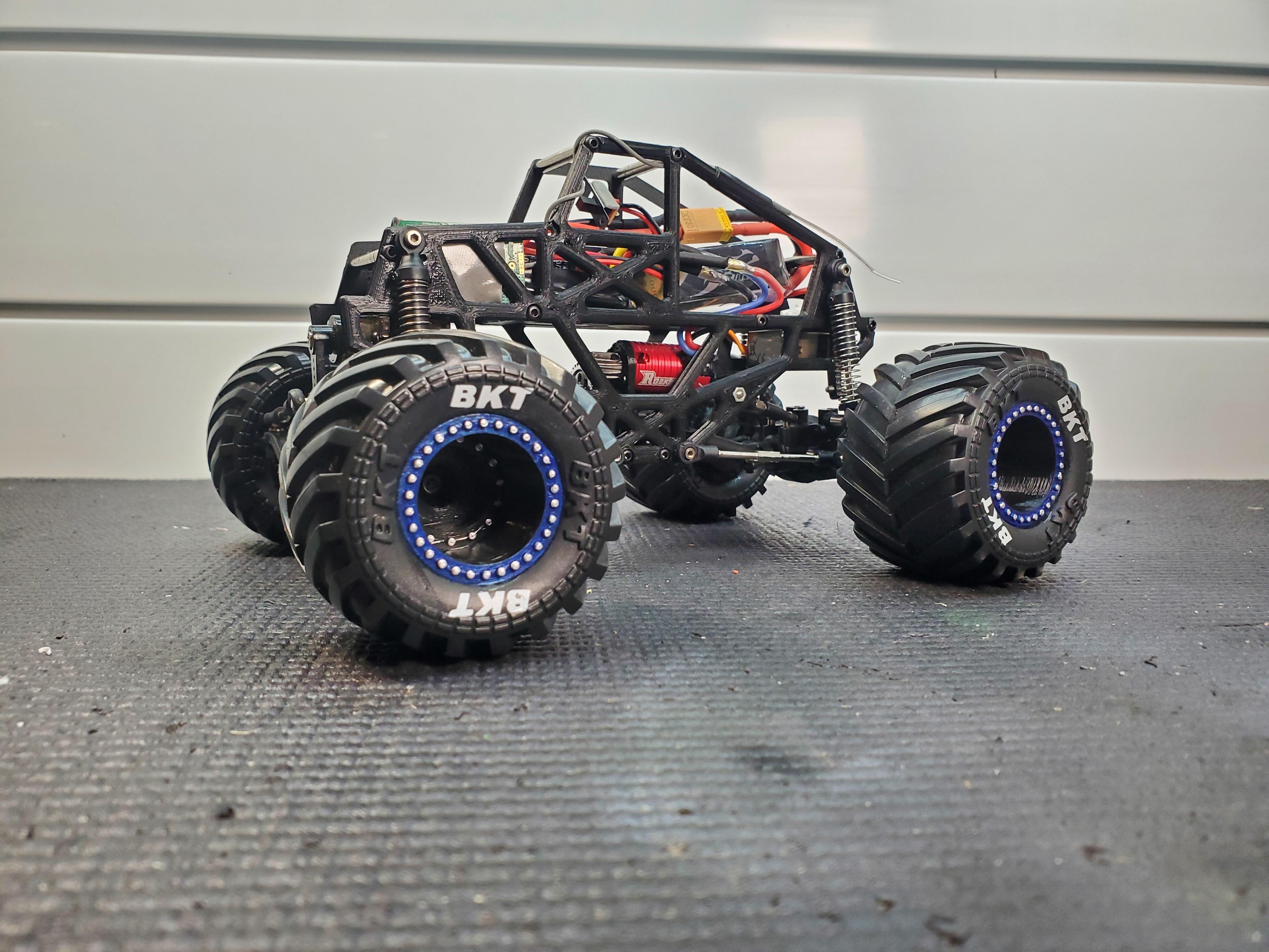 20200927_084404.jpg Download STL file Micro RC Solid Axle Monster Truck  • 3D printable template, FullThrottleRC