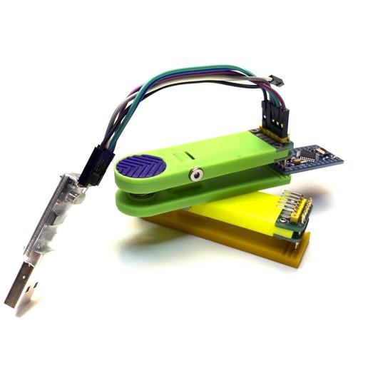 16.jpg Télécharger fichier STL gratuit Pince pour contrôleurs firmware 6 broches • Design imprimable en 3D, Ruvimkub
