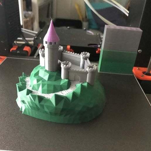 Télécharger fichier imprimante 3D gratuit Castle Mountain ! (Multicolore/Multimatériau), MakerMathieu