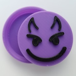 20191116_153033 edit.jpg Download STL file Devil Emoji Snap Badge • 3D print design, abbymath