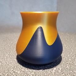 Download 3D print files Split Swoosh Vase, abbymath