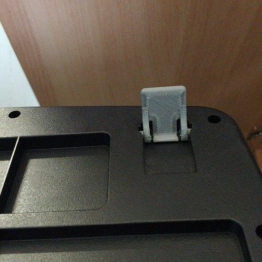 IMG_20190515_145327.jpg Télécharger fichier STL gratuit Clavier filaire Microsoft 200 Pieds de Remplacement • Design pour imprimante 3D, sokinkeso