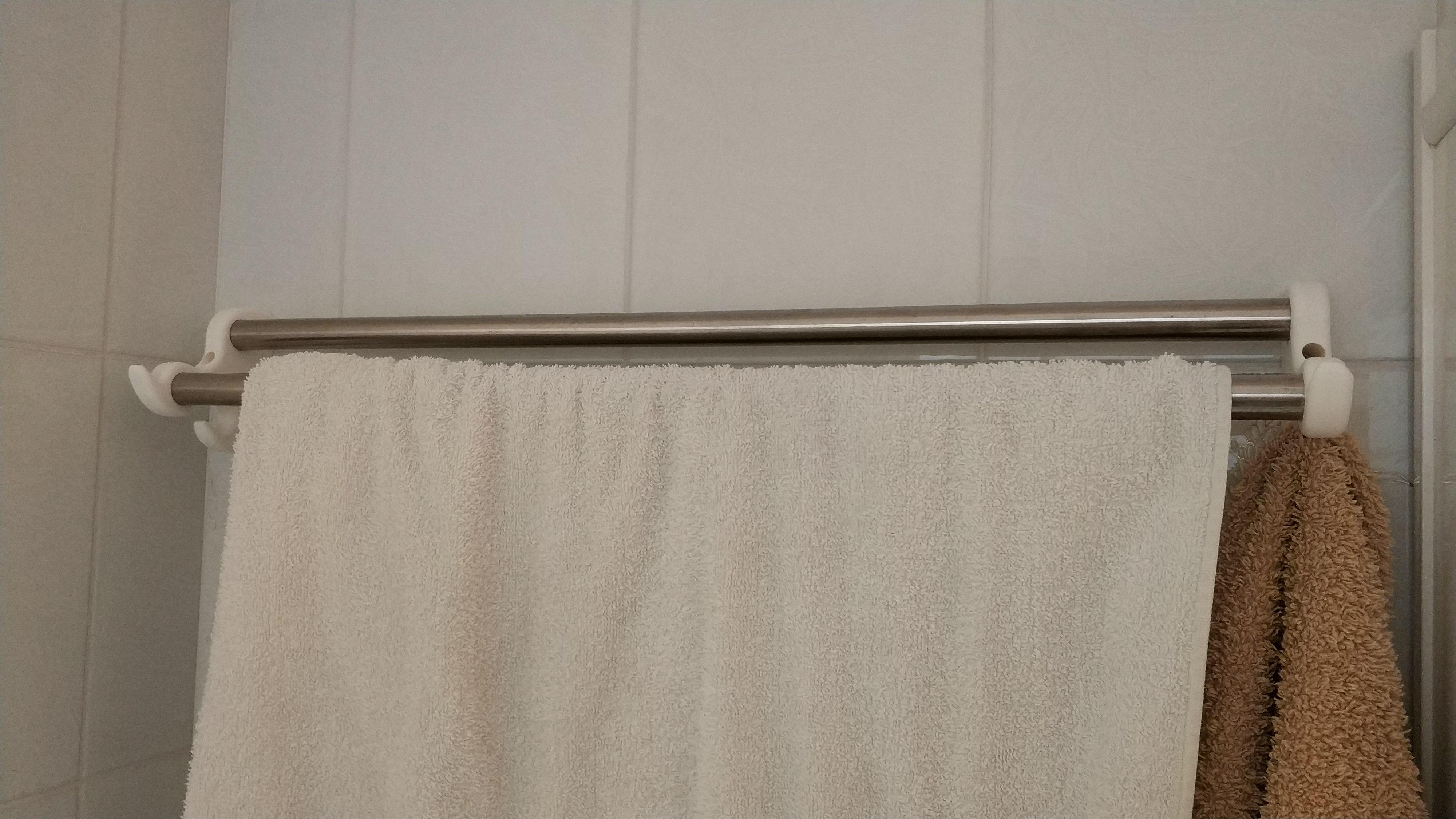 IMG_20190324_163313.jpg Télécharger fichier STL gratuit Porte-serviettes de salle de bain / Porte-serviettes • Design imprimable en 3D, sokinkeso
