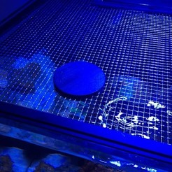 trappe fermee.jpg Télécharger fichier STL access panel for recifal aquarium net cover / trappe pour filet d'aquarium recifal • Design pour imprimante 3D, babble