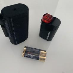IMG_0666.jpg Télécharger fichier STL gratuit Adaptateur éclairage arrière Vélo • Objet pour impression 3D, rdusud