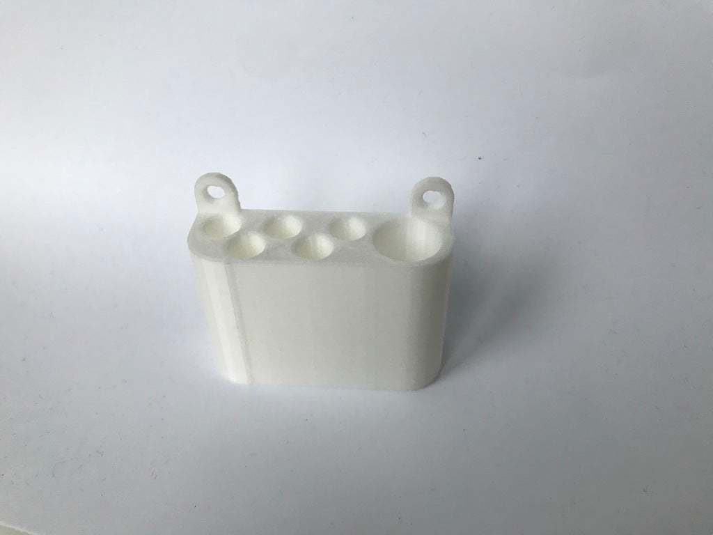 IMG_2928.JPG Download free STL file simple pencil wallmount • Model to 3D print, da_syggy