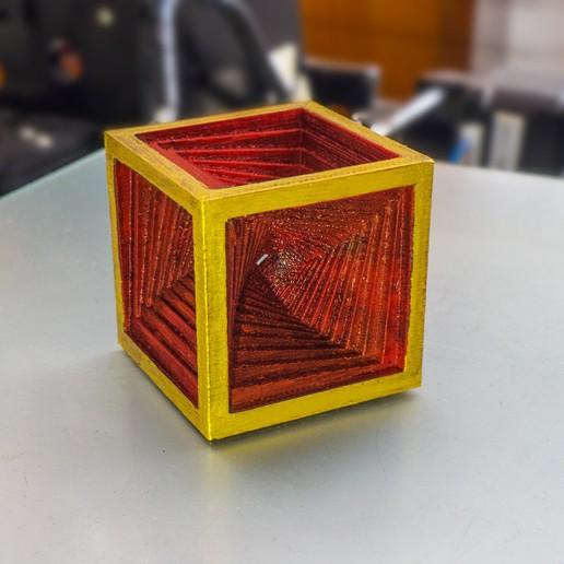 Download free 3D printing models SpiralCube, dancingchicken