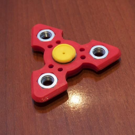 Download free 3D printing designs AMF Kubotan Spinner, dancingchicken