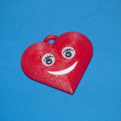 P1010002.jpg Download free STL file Smiling Heart Key chain • 3D printer template, dancingchicken