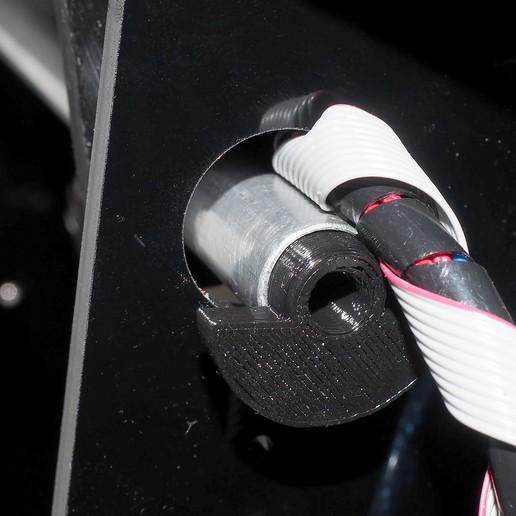AMF00310_copia.jpg Download free STL file Strong 4 Spool Holder • 3D printer object, dancingchicken