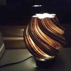 Descargar modelo 3D Lámpara de mesa, MNDLK