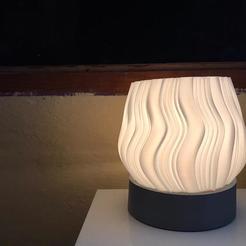 Descargar archivo 3D Modern Vase/ Lamp , MNDLK