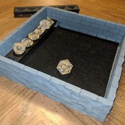 Descargar Modelos 3D para imprimir gratis Bandeja de dados Castle Wall con estante de dados extraíble, Sablebadger