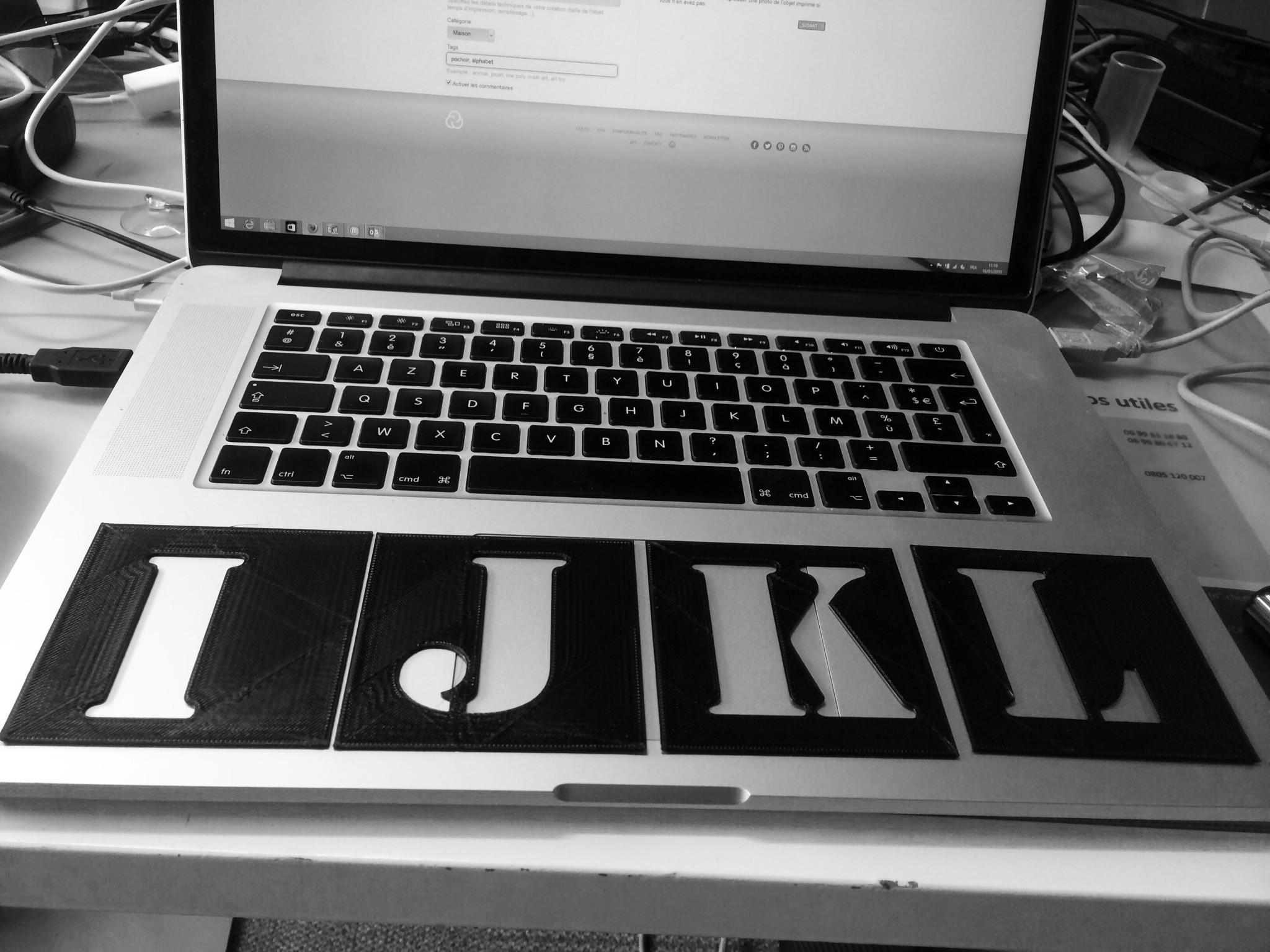 alphabet.JPG Download free STL file Pochoir Alphabet • 3D printing object, EATYone
