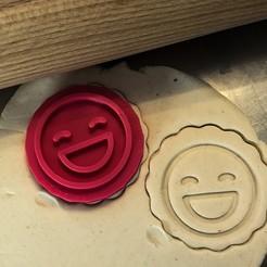 vytlemený smajla.jpg Télécharger fichier STL Timbre à biscuit + cutter - Emoji 4 • Modèle pour impression 3D, Tvoritko