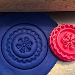 vloččka.jpg Download STL file Cookie stamp + cutter -  Snowflake • 3D printing template, Tvoritko