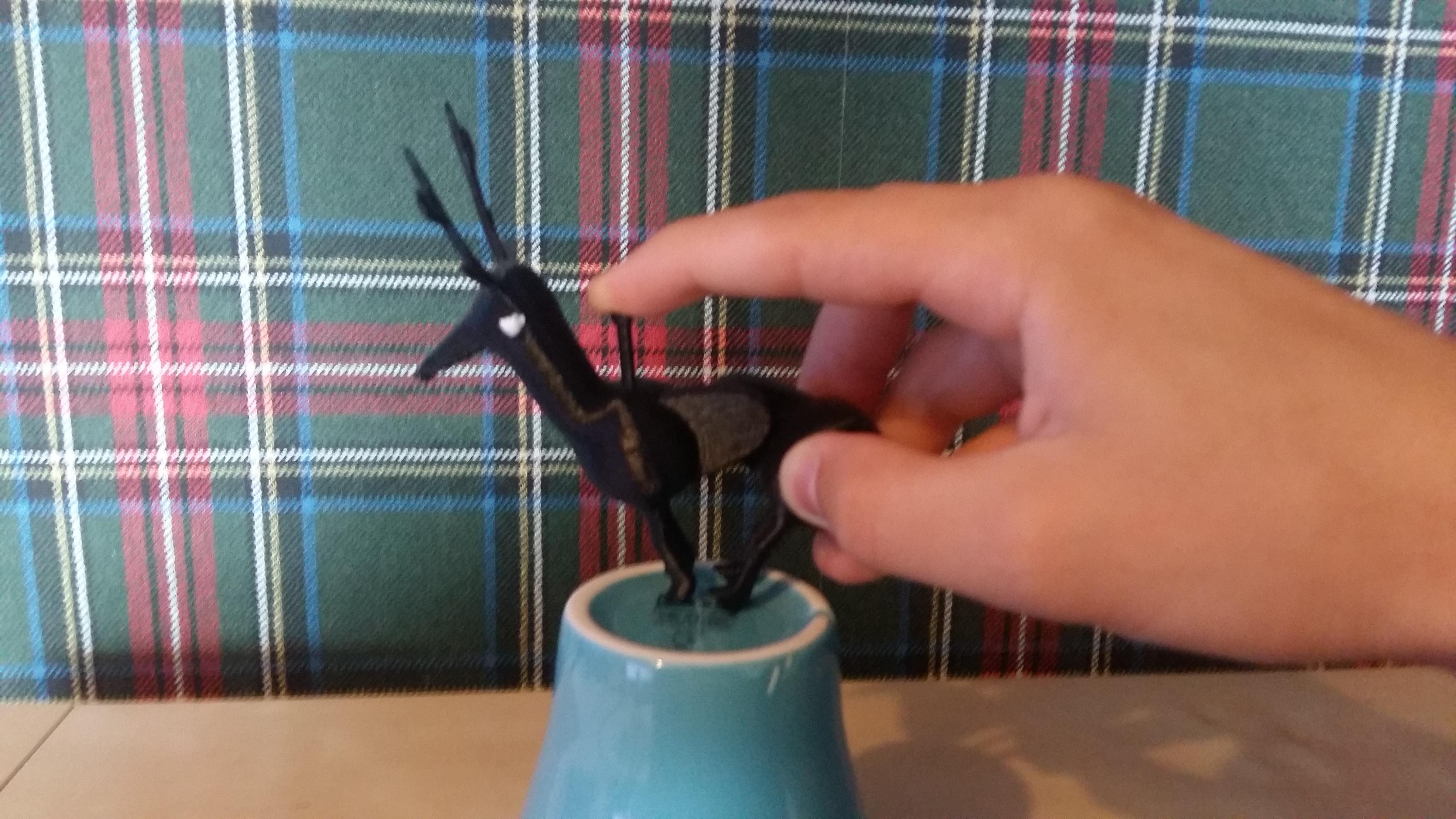 picture 5.jpg Télécharger fichier STL gratuit Cerf contrôlé par les doigts • Design imprimable en 3D, Janis_Bruchwalski