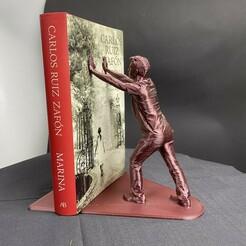 16B1B875-882E-40E0-A1CD-07E55675186A.jpeg Download OBJ file Book support Man • 3D print model, 3DThingKing