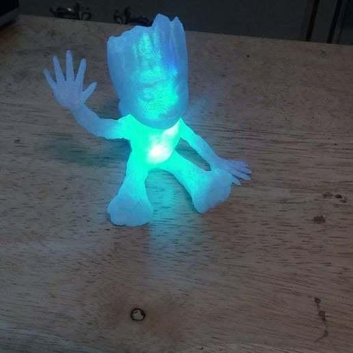 20180404_131131.jpg Télécharger fichier STL gratuit baby groot led light v4 • Modèle pour impression 3D, veganagev