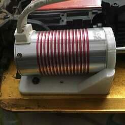 IMG_4413.JPG Télécharger fichier STL gratuit 1/10 Support moteur sans balais Conversion nitro/électrique • Design imprimable en 3D, tarakmakwana