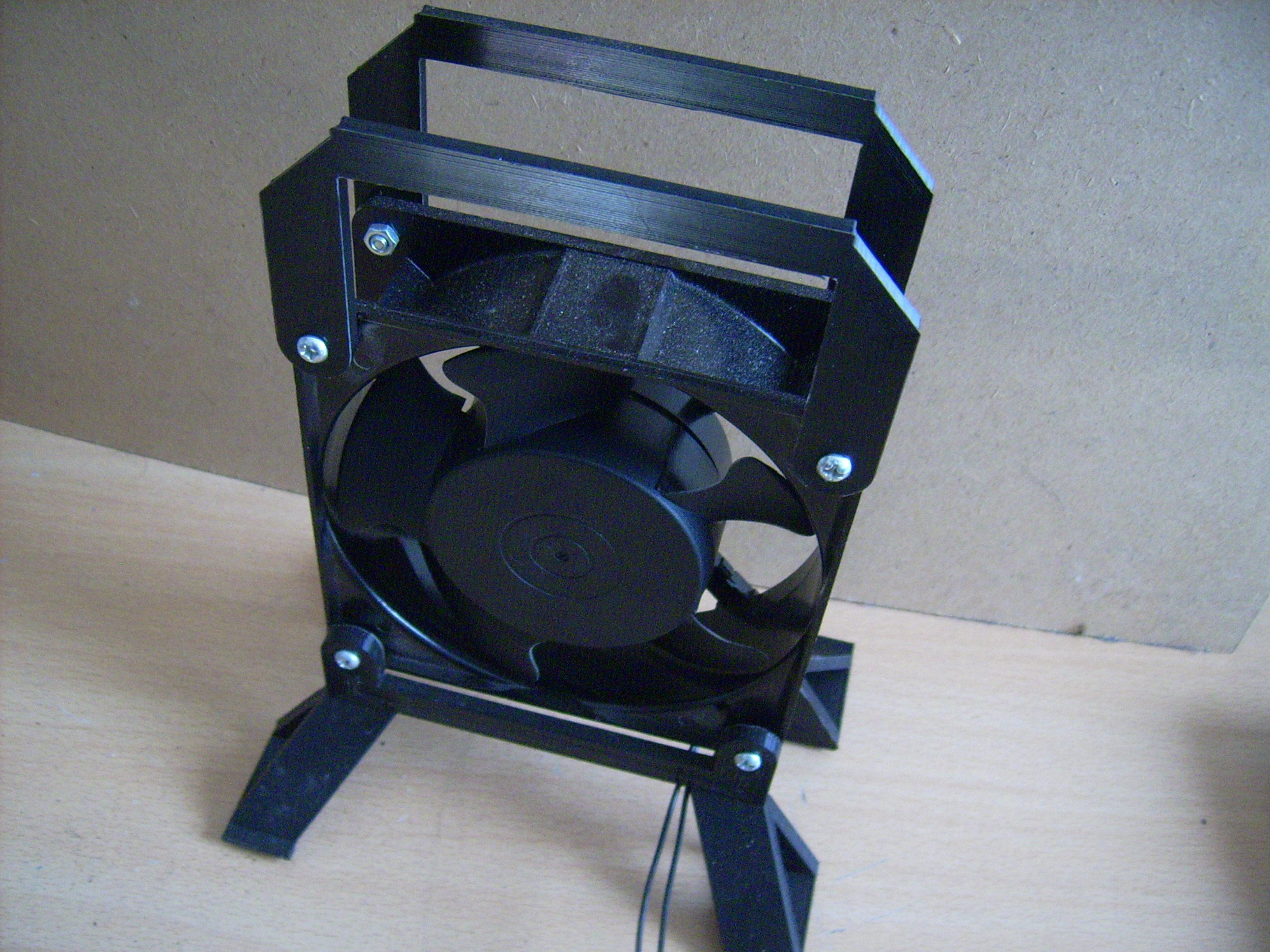 DSCI4600.JPG Download free STL file Accessory fan 120mm • 3D printable object, sunshine-moped