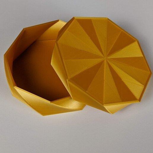 octo-twist-trinket-box-geeetech-silk-gold.jpg Download free STL file Octo Twist Trinket Box • Template to 3D print, printerthinker