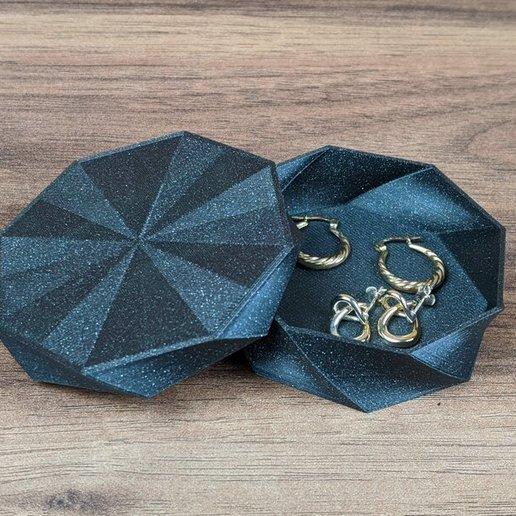 octo-twist-trinket-box-prusament-galaxy-black.jpg Download free STL file Octo Twist Trinket Box • Template to 3D print, printerthinker