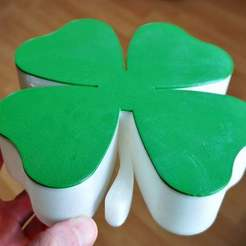 IMG_20200430_132151.jpg Download free STL file four-leaf clover Box for small things • 3D printing model, BePrint