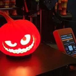 IMG_0545.JPEG Télécharger fichier STL gratuit Jackie Jack-o-Lantern WS2812 Lampe bougie LED • Modèle à imprimer en 3D, KVEL