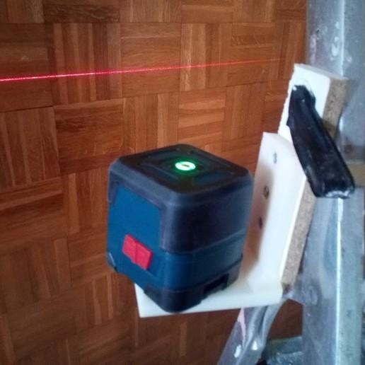 """IMG_20200523_102041.jpg Télécharger fichier STL gratuit Support avec vis 1/4"""" fixation niveau laser ou appareille photo pour fixation par vis ou serre joint  • Plan pour impression 3D, papounet1951"""
