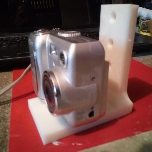 """IMG_20200522_201018.jpg Télécharger fichier STL gratuit Support avec vis 1/4"""" fixation niveau laser ou appareille photo pour fixation par vis ou serre joint  • Plan pour impression 3D, papounet1951"""