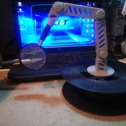 IMG_20201113_171710.jpg Télécharger fichier STL gratuit Potence articulé porte loupe sur support bobine • Modèle à imprimer en 3D, papounet1951