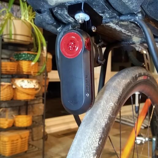 Barrel Mount On Rack with Bag.jpg Download free STL file Garmin Varia RTL510 Bike Mount Cargo Rack Go Pro v1.2 • 3D printing model, Phoenix125