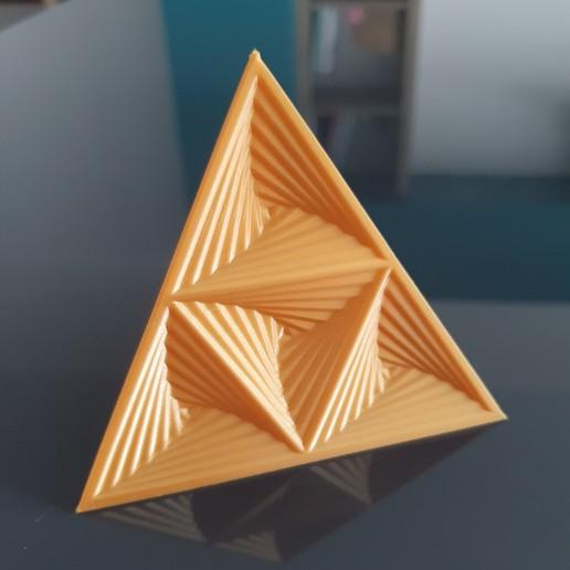 Descargar archivos 3D gratis La decoración del escritorio del tetraedro Whirly, the-lazy-engineer