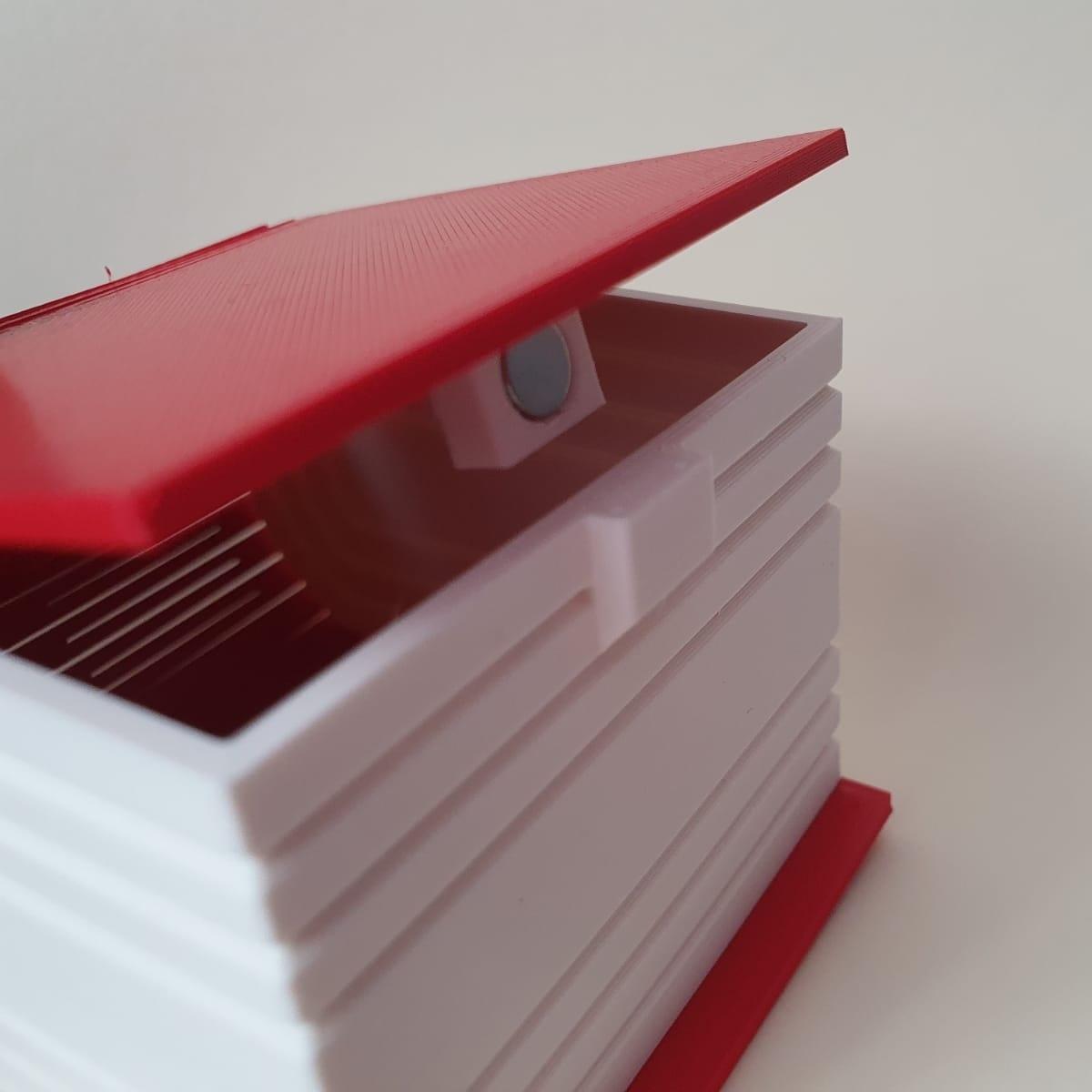 IMG_20201005_174545.jpg Download STL file Living hinge box #1 • Design to 3D print, the-lazy-engineer