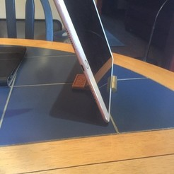Descargar STL LFC Liverpool iPad / iPhone Stand, lsmmultiservicesltd