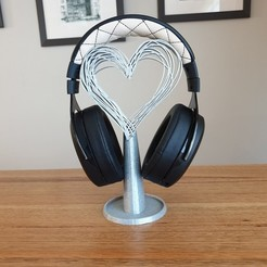 20200819_081320.jpg Download free STL file Hearts headphones stand • 3D printing template, CheesmondN