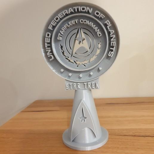 20200729_222848.jpg Télécharger fichier STL gratuit Support pour casque d'écoute Star Trek • Objet pour impression 3D, CheesmondN