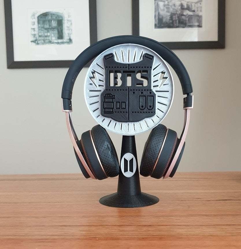20201016_074555.jpg Télécharger fichier STL gratuit Support pour casque d'écoute BTS • Design pour imprimante 3D, CheesmondN