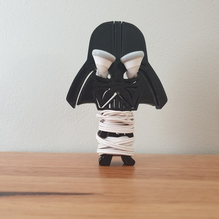 20200902_080915.jpg Télécharger fichier STL gratuit Porte-écouteurs Star Wars • Design pour impression 3D, CheesmondN