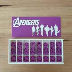 20210124_134838.jpg Download free STL file Marvel Avengers Chess Set and display box • 3D print template, CheesmondN