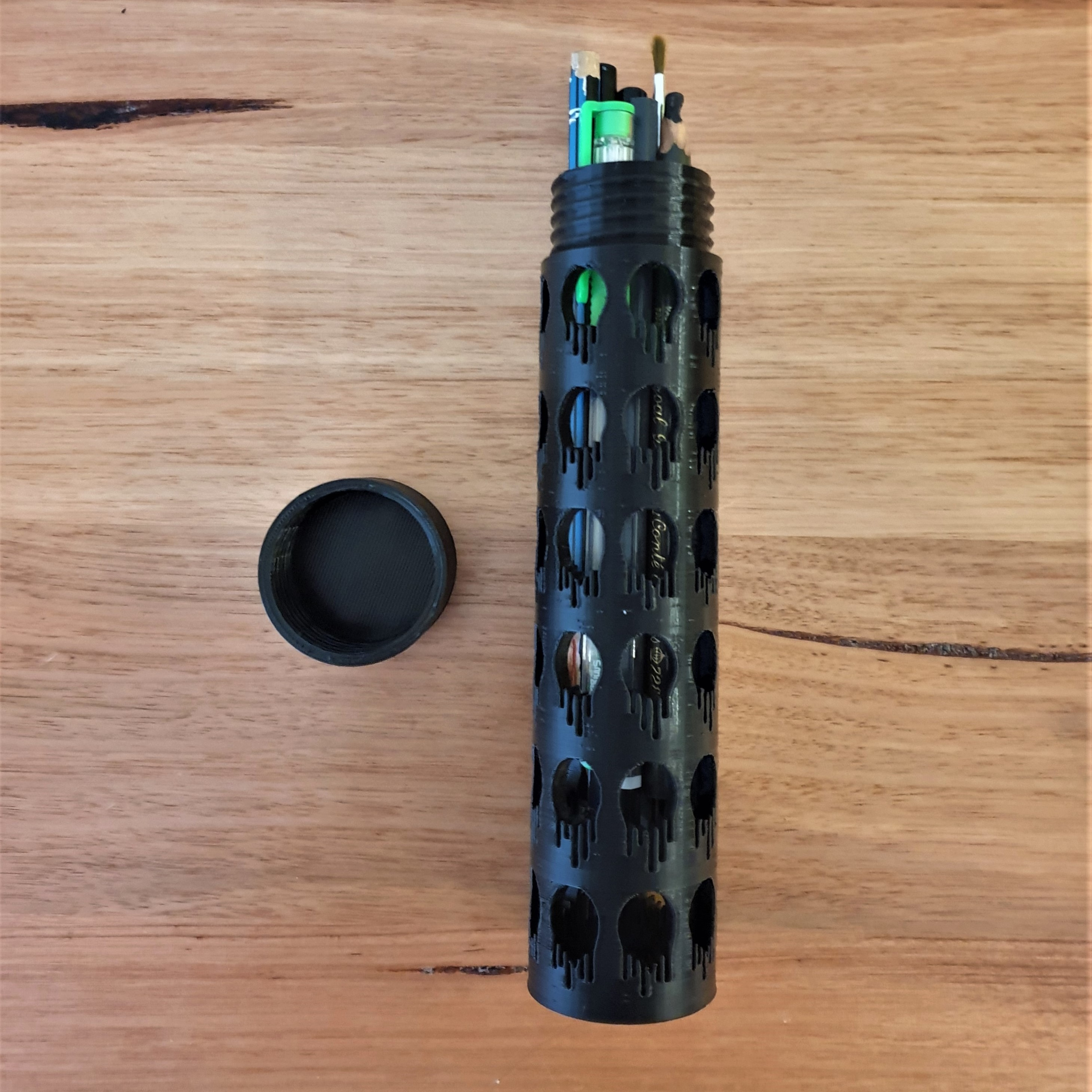 ccc20200726_074412.jpg Download free STL file Drips pencil case box screw top • 3D printing object, CheesmondN