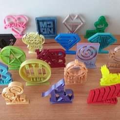 Télécharger fichier STL gratuit Ornements KPop (Ensemble 2) • Modèle à imprimer en 3D, CheesmondN