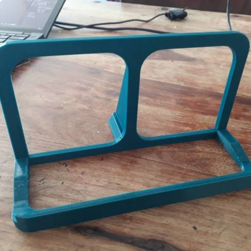 20200516_105132.jpg Download free STL file Steep Notebook Stand 30° • 3D printing object, sui77